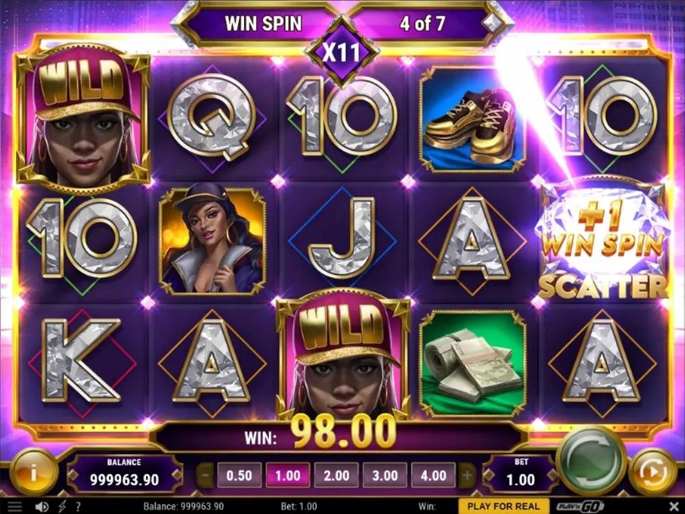 Blinged Slot by Play'n GO screenshot