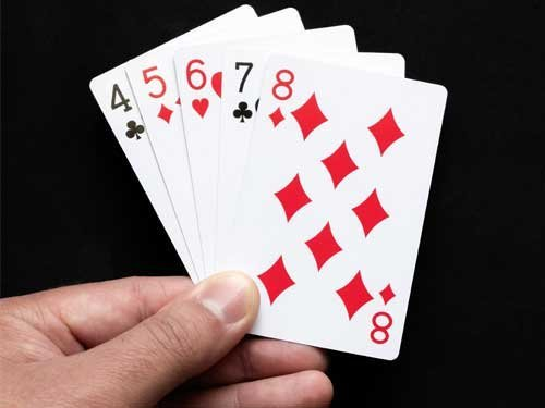 What Is a Straight in Poker and How Do I Play It to Win?