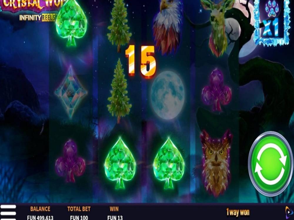 Crystal Wolf Infinity Reels Slot by Boomerang Studios screenshot