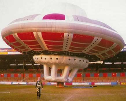 GP_Branson-UFO.jpg